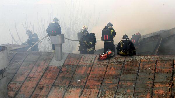 Тушение пожара в центре Москвы  - Sputnik Česká republika