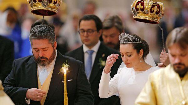Венчание великого князя Георгия Романова и Виктории Романовой Беттарини в Исаакиевском соборе в Санкт-Петербурге - Sputnik Česká republika