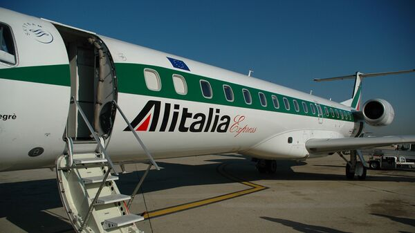 Самолет итальянской авиакомпании Alitalia - Sputnik Česká republika