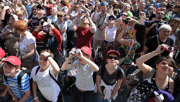 Turisté na Staroměstském náměstí v Praze - Sputnik Česká republika