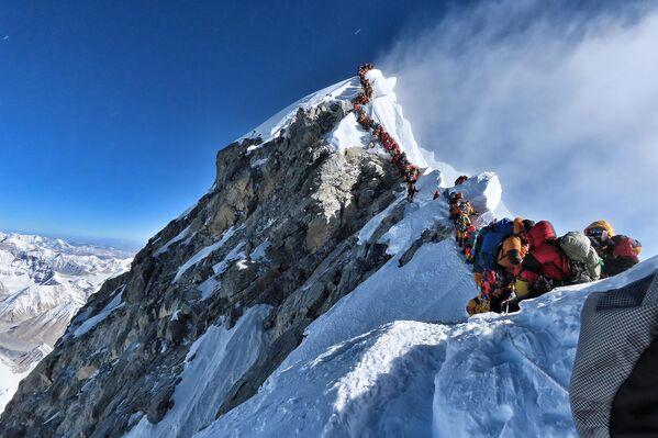 Fronta na Mount Everest. - Sputnik Česká republika