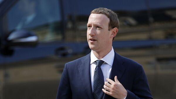 Zakladatel sociální sítě Facebook Mark Zuckerberg - Sputnik Česká republika