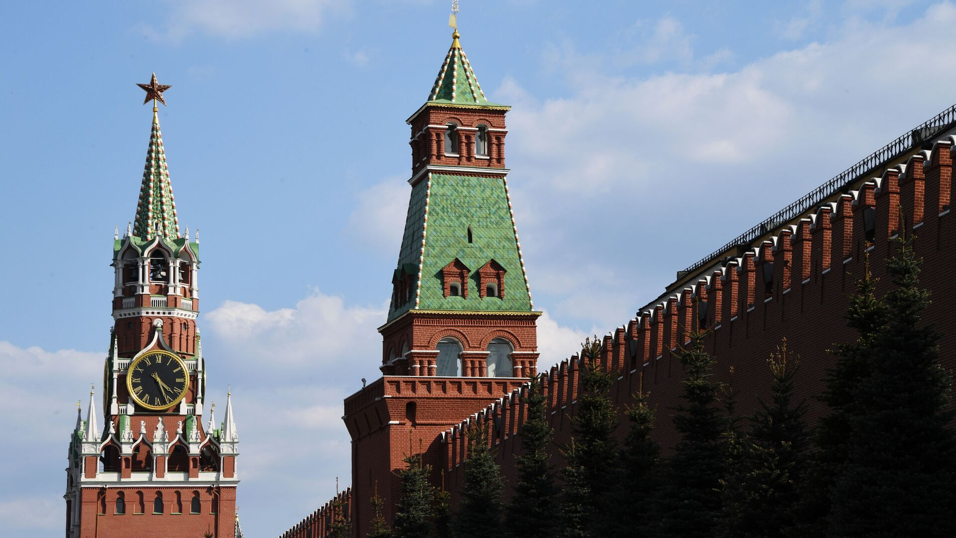 Moskevský Kreml - Sputnik Česká republika, 1920, 19.04.2021