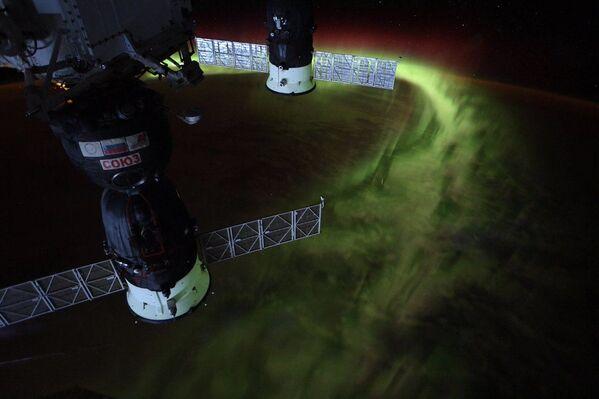 Astronautka NASA Christina Koch zveřejnila foto Jižního záření z vesmíru. - Sputnik Česká republika