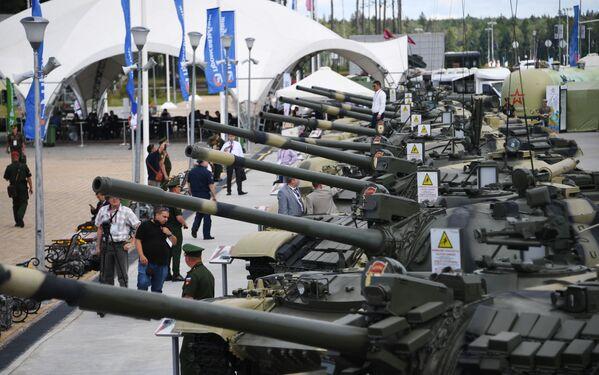 Vojenská technika na Mezinárodním vojensko-technickém fóru Army 2019. - Sputnik Česká republika