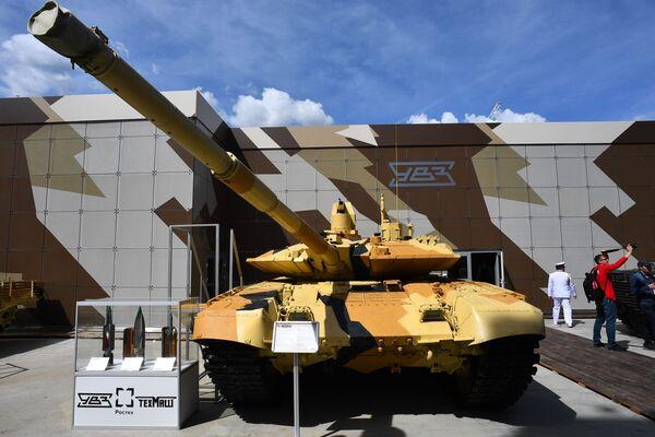 Tank T-90MS na Mezinárodním vojensko-technickém fóru Army 2019. - Sputnik Česká republika