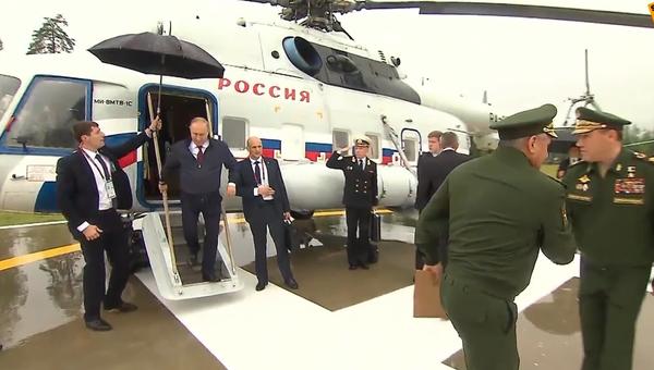 Putinovi na Army 2019předvedli nejmodernější a inovační vynález ruského vojenského průmyslu  - Sputnik Česká republika
