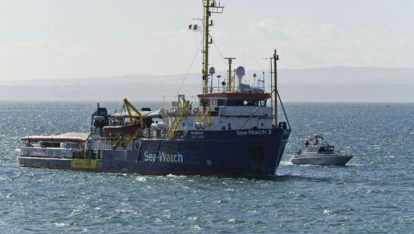 Záchranná loď německé neziskové organizace Sea Watch - Sputnik Česká republika