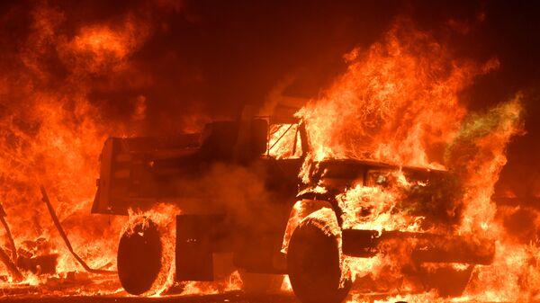 Hořící kamion  - Sputnik Česká republika