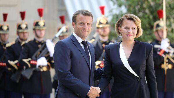 Zuzana Caputová a Emanuel Macron  - Sputnik Česká republika