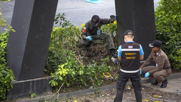Thajští vyšetřovatelé a policie v místě výbuchu v Bangkoku - Sputnik Česká republika