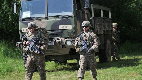 Ukrajinsko-americká Cvičení Fearless Guardian - 2015 - Sputnik Česká republika
