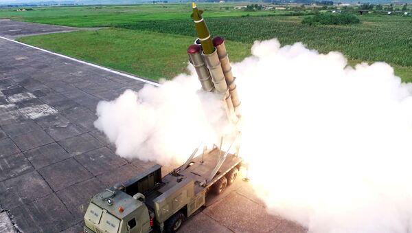 Test nového raketometu v KLDR - Sputnik Česká republika