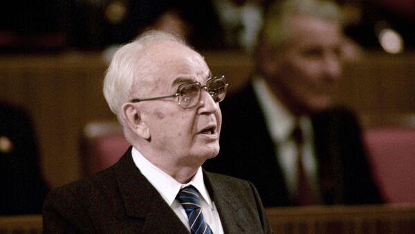 Gustav Husák při 70. výročí Velké říjnové socialistické revoluce v moskevském Kremlu. 1987 - Sputnik Česká republika