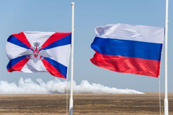 Taktika ruských vzdušných výsadkových vojsk na fotografiích. Cvičení vylodění na Krymu - Sputnik Česká republika