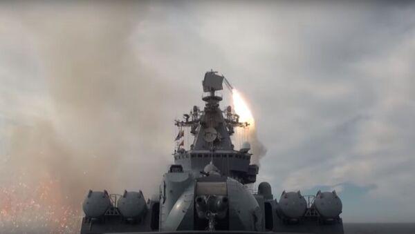 Bylo zveřejněno video raketových paleb lodí Pacifické flotily v Ochotském moři  - Sputnik Česká republika