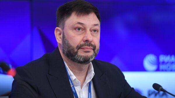 Šéfredaktor portálu RIA Novosti Ukrajina Kirill Vyšinský na tiskové konferenci v MIA Rossija Segodňa - Sputnik Česká republika