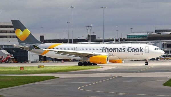 Thomas Cook Airlines Airbus A330-243  - Sputnik Česká republika