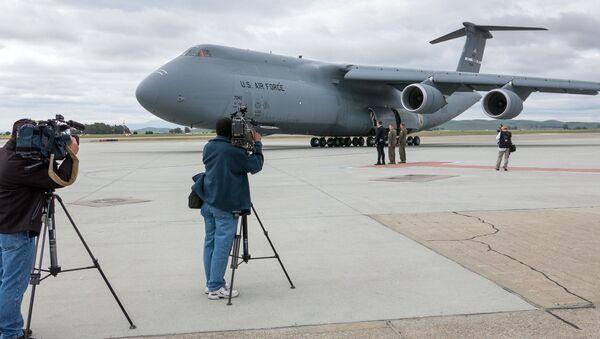 Americký letoun C-5 Super Galaxy - Sputnik Česká republika