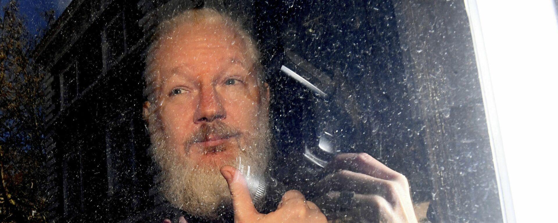 Zakladatel WikiLeaks Julian Assange - Sputnik Česká republika, 1920, 29.09.2021