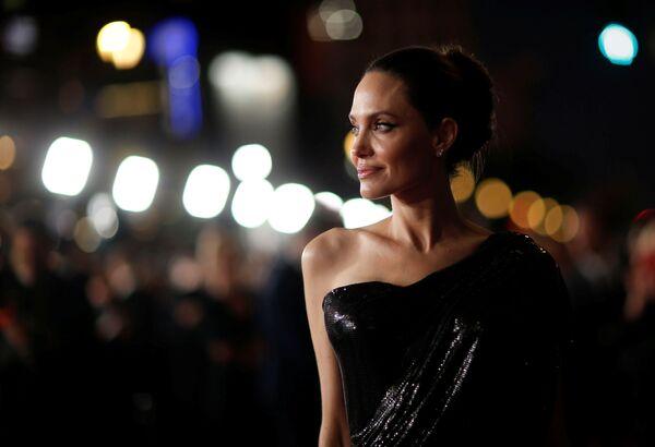 Angelina Jolie na premiéře filmu Maleficent: Lady of Darkness v Los Angeles. - Sputnik Česká republika
