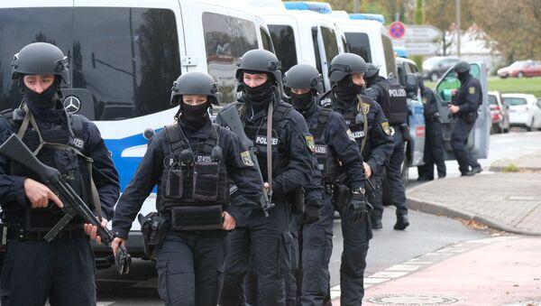 Policie zasahuje v německém městě Halle, kde došlo k útoku na synagogu (9. 10. 2019) - Sputnik Česká republika
