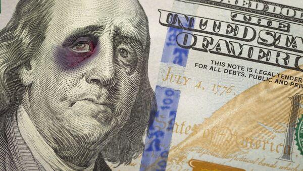Dolar může schytat pořádnou ránu - Sputnik Česká republika