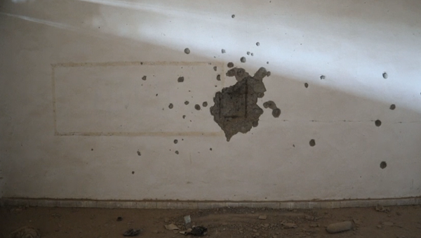 Video: Děsivá exkluzivita. Prohlídka mučivých tunelových systémů teroristů Islámského státu pod stadionem v syrské Rakce - Sputnik Česká republika
