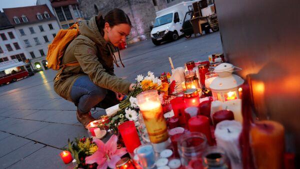 Rasově motivovaný útok na synagogu v Německu: Obličej útočníků a snímky z napadení - Sputnik Česká republika