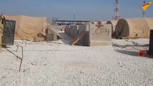 Video: Jednotky SAA obsadily opuštěnou americkou vojenskou základnu v severní Sýrii. Co tam zbylo? Unikátní záběry - Sputnik Česká republika