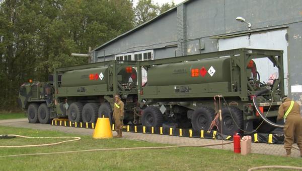 """Video: USA nadále rozmisťují své jednotky ve východní Evropě. Uvádí, že jsou určeny """"k posílení naší bezpečnosti"""" - Sputnik Česká republika"""