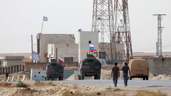 Hlídka ruské vojenské policie v Sýrii - Sputnik Česká republika