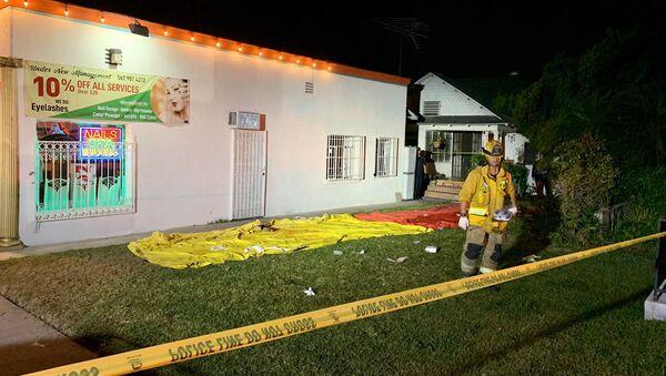 Masová střelba v Kalifornii v 7. ulici poblíž Temple Avenue - Sputnik Česká republika