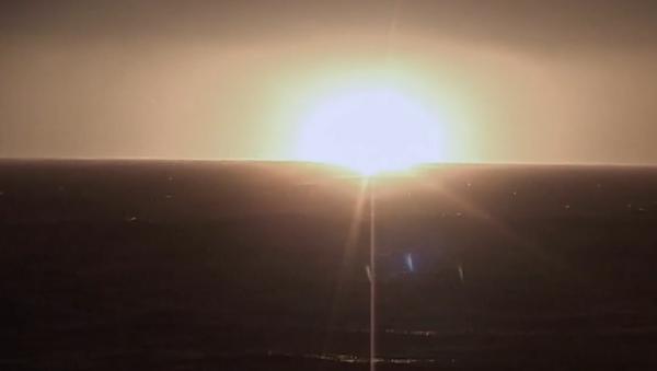 Působivé video: Rusko přes celé své území z atomové ponorky Kňaz Vladimir poprvé odpálilo nejvýkonnější balistickou raketu Bulava  - Sputnik Česká republika