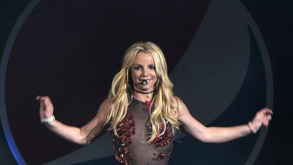 Певица Бритни Спирс во время выступления - Sputnik Česká republika