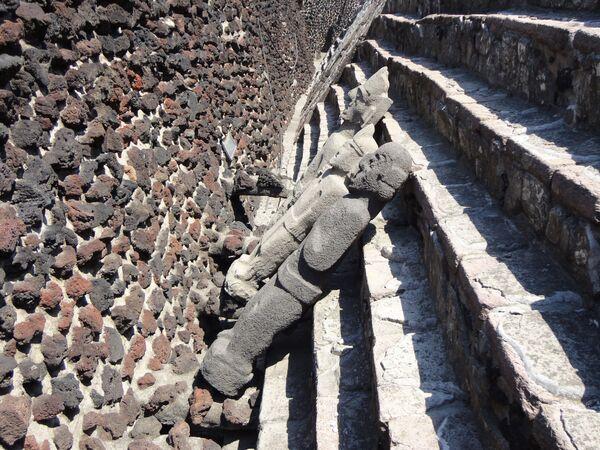 Sochy v historickém centru Templo Mayor, Ciudad de México - Sputnik Česká republika