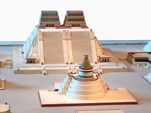 Model pyramidy Witsilopochtli (Templelo Mayor) v Národním muzeu antropologie, Ciudad de México - Sputnik Česká republika