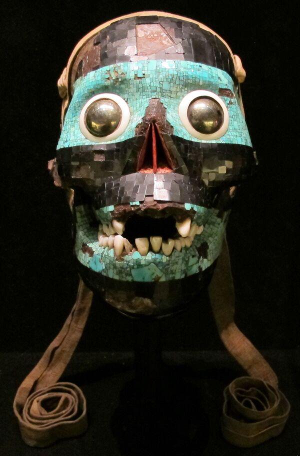 Aztécká maska s tyrkysem, přibližně z let 1400 – 1521 - Sputnik Česká republika