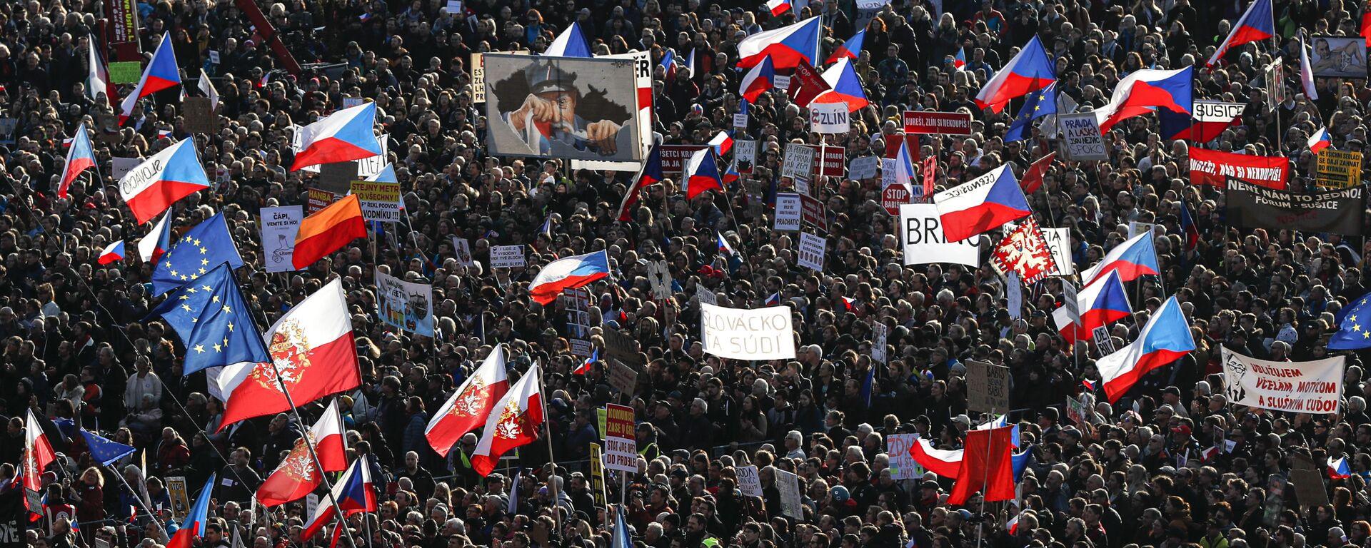 Demonstrace spolku Milion chvilek na Letné 16. listopadu - Sputnik Česká republika, 1920, 13.11.2020