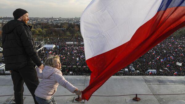 Protivládní protesty v Praze 16. listopadu 2019 - Sputnik Česká republika