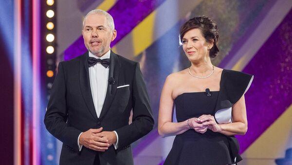Český moderátor Marek Eben s Terezou Kostkovou - Sputnik Česká republika