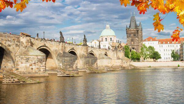 Výhled na Karlův most v Praze - Sputnik Česká republika