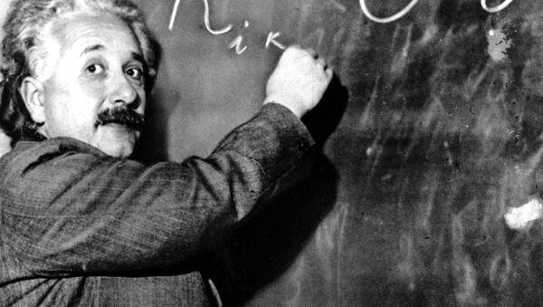 Albert Einstein v roce 1931 - Sputnik Česká republika