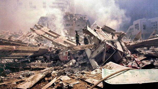 V teroristickém činu zahynulo 341 hasičů, 60 policistů a 8 záchranářů - Sputnik Česká republika