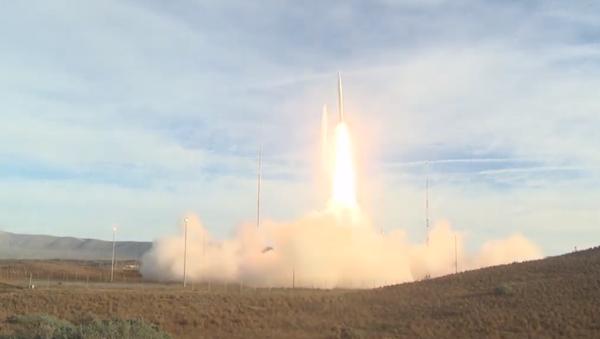 Zkoušky zakázané americké rakety se objevily na videu - Sputnik Česká republika