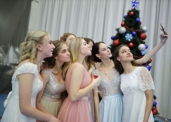 Kadetský ples v Krasnodaru: Takovým slavnostem předchází dřina - Sputnik Česká republika
