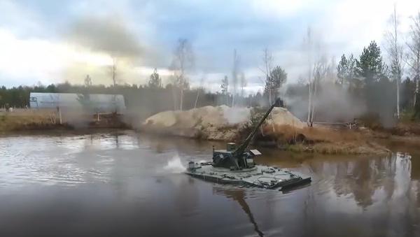 Vynikající záběry. Nejnovější ruský protiletadlový dělostřelecký systém Derivacija poprvé odhalil své schopnosti  - Sputnik Česká republika