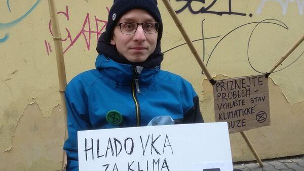 Člen hnutí Rebelie proti vyhynutí student Václav Opatřil  - Sputnik Česká republika