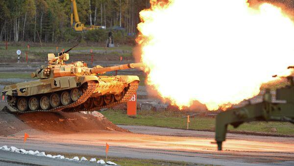 Ukázkové střelby na zahájení 10. mezinárodní výstavy Russia Arms Expo v Nižním Tagilu. - Sputnik Česká republika