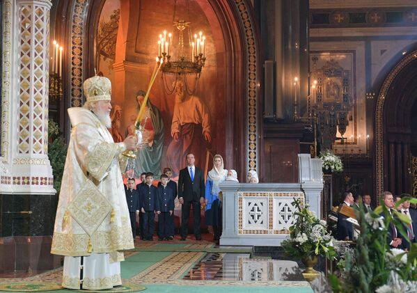 Patriarcha Moskvy a Ruska Kirill během vánoční bohoslužby v katedrále Krista Spasitele v Moskvě - Sputnik Česká republika